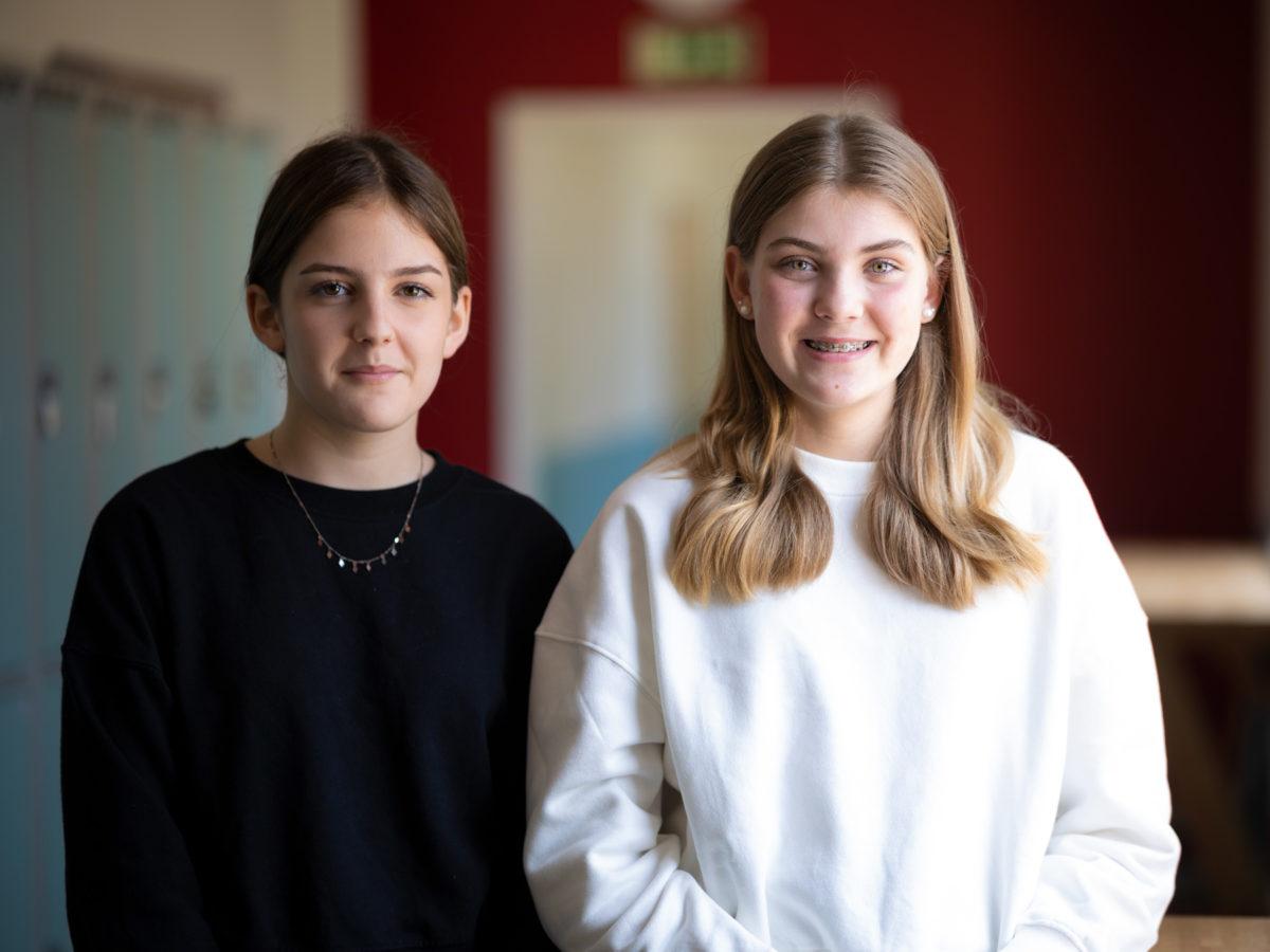 Porträttbild på Ida Nilsson och Agnes Karlsson